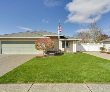 1201 Meadowlawn Place, Molalla, OR 97038