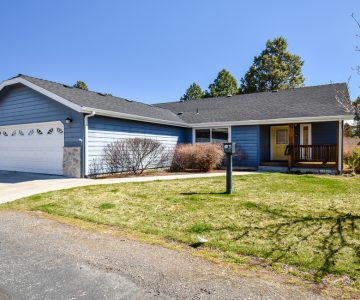 458 N Wheeler Loop, Sisters, OR 97759