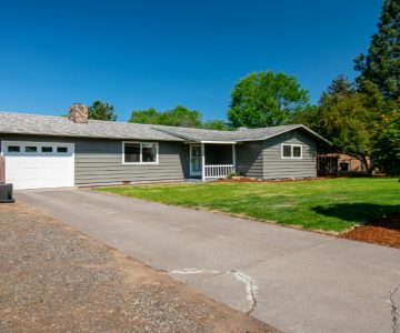 1809 SW 16th Street, Redmond, OR 97756