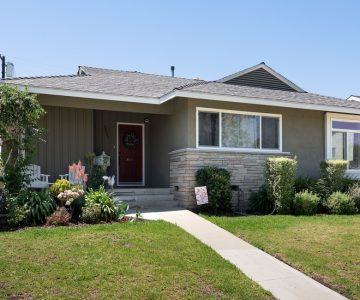 2537 Ladoga Avenue, Long Beach, CA 90815