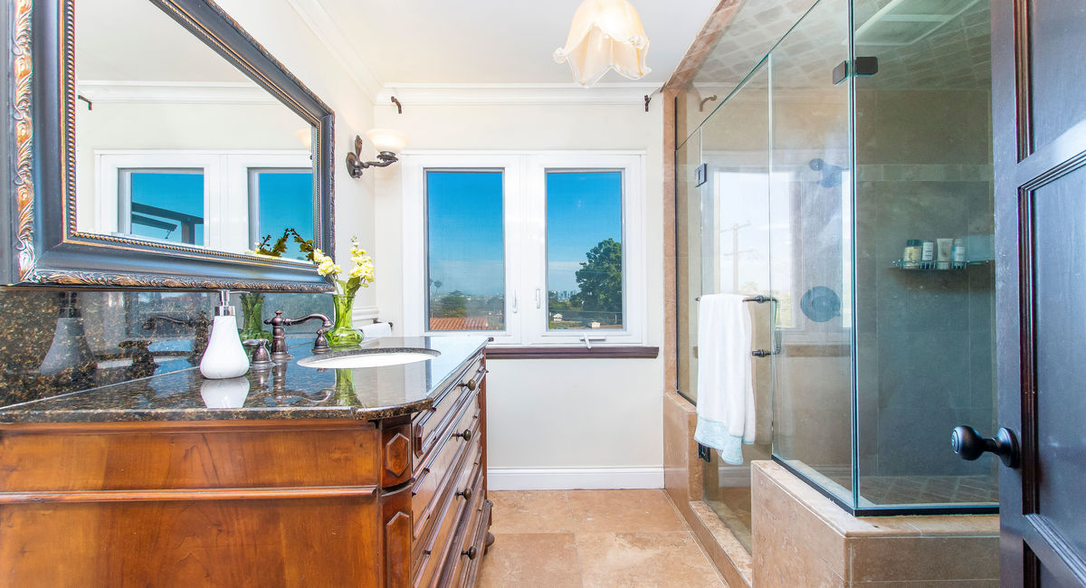 2665 Narcissus Drive, San Diego, CA  92106 Image #13