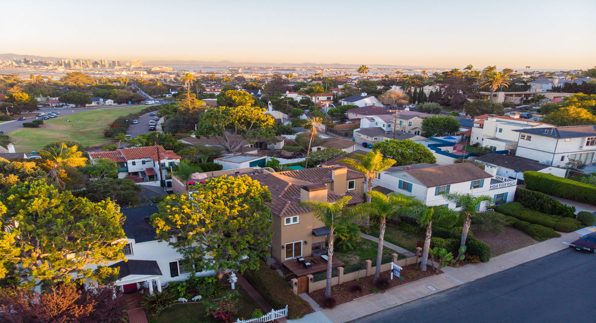 2665 Narcissus Drive, San Diego, CA  92106 Image #23