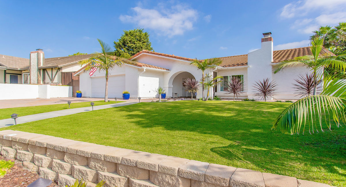 2397 Carriage Circle, Oceanside, CA 92056 Image #2