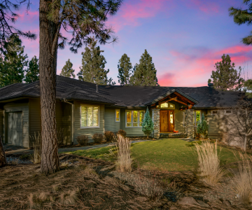 2702 NW Collett Way, Bend, OR 97703