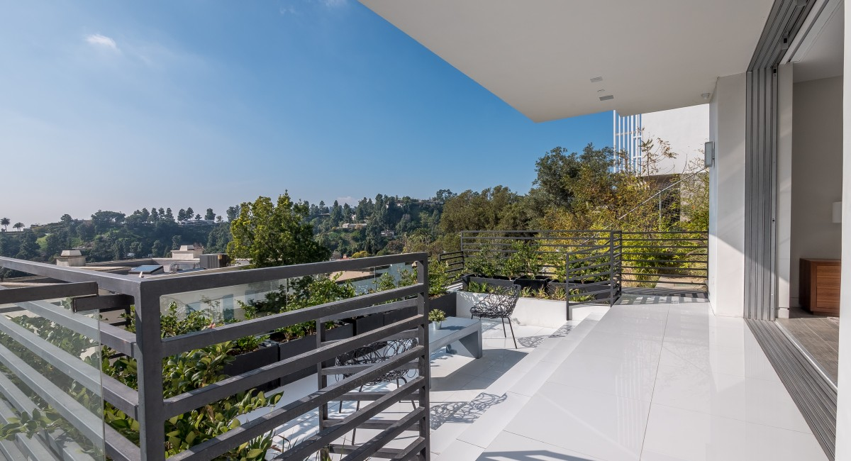 9459 Beverly Crest Drive, Beverly Hills, CA 90210 Image #18