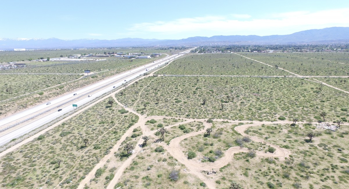 Vac/Antelope Valley Freeway and Avenue M, Palmdale, CA 93551 Image #2