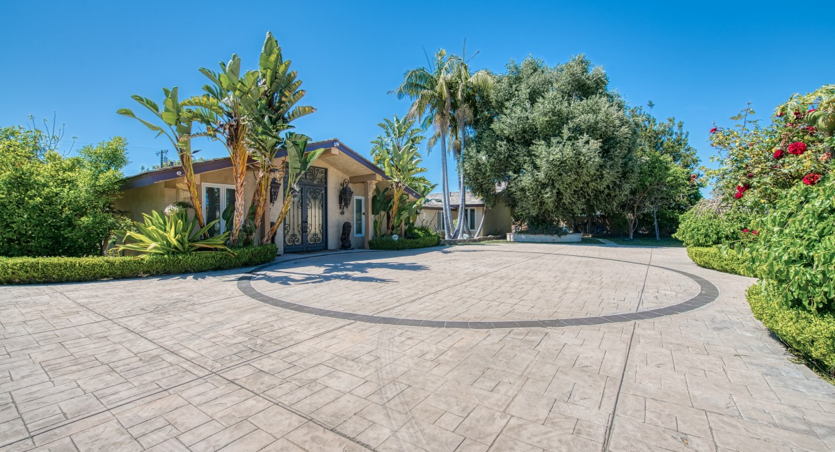 9401 S Hillview Road, Anaheim, CA 92804 Image #2