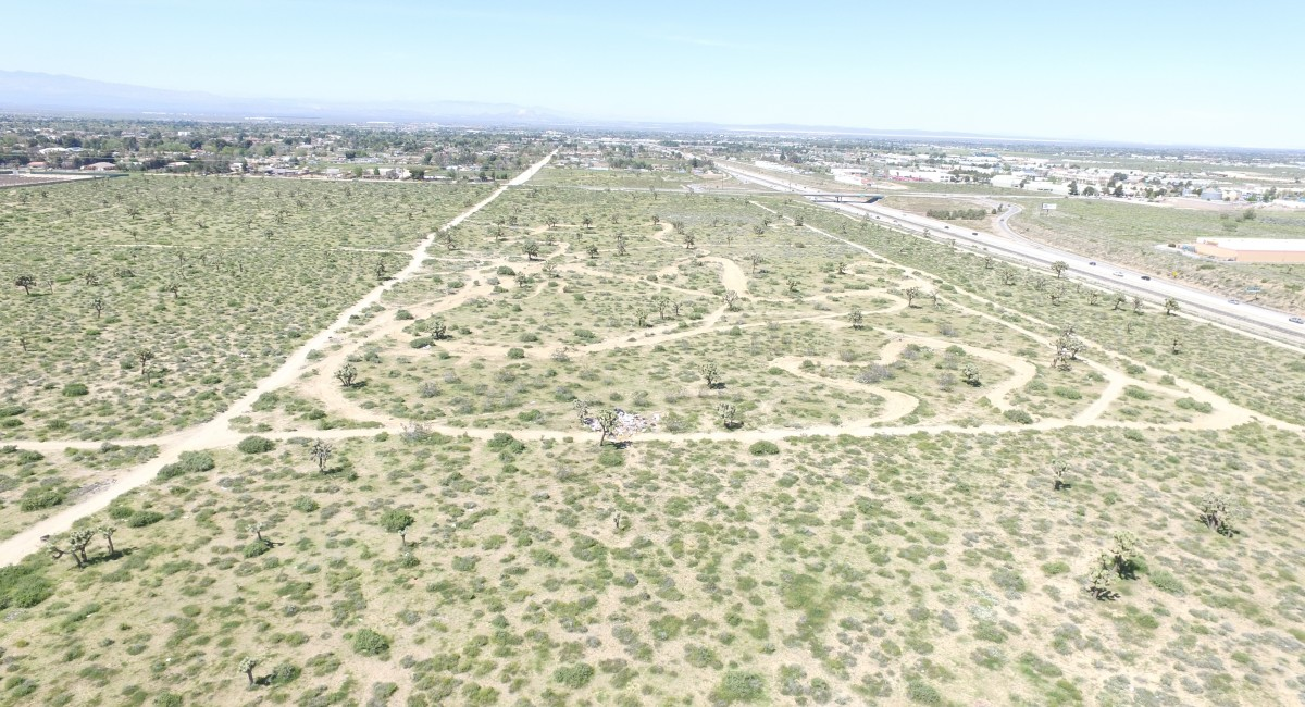 Vac/Antelope Valley Freeway and Avenue M, Palmdale, CA 93551 Image #1