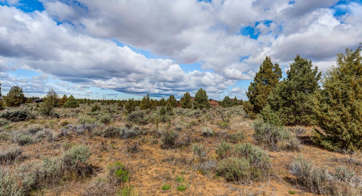 494-495 SW Chaparral Drive, Powell Butte, OR 97753 Image #4