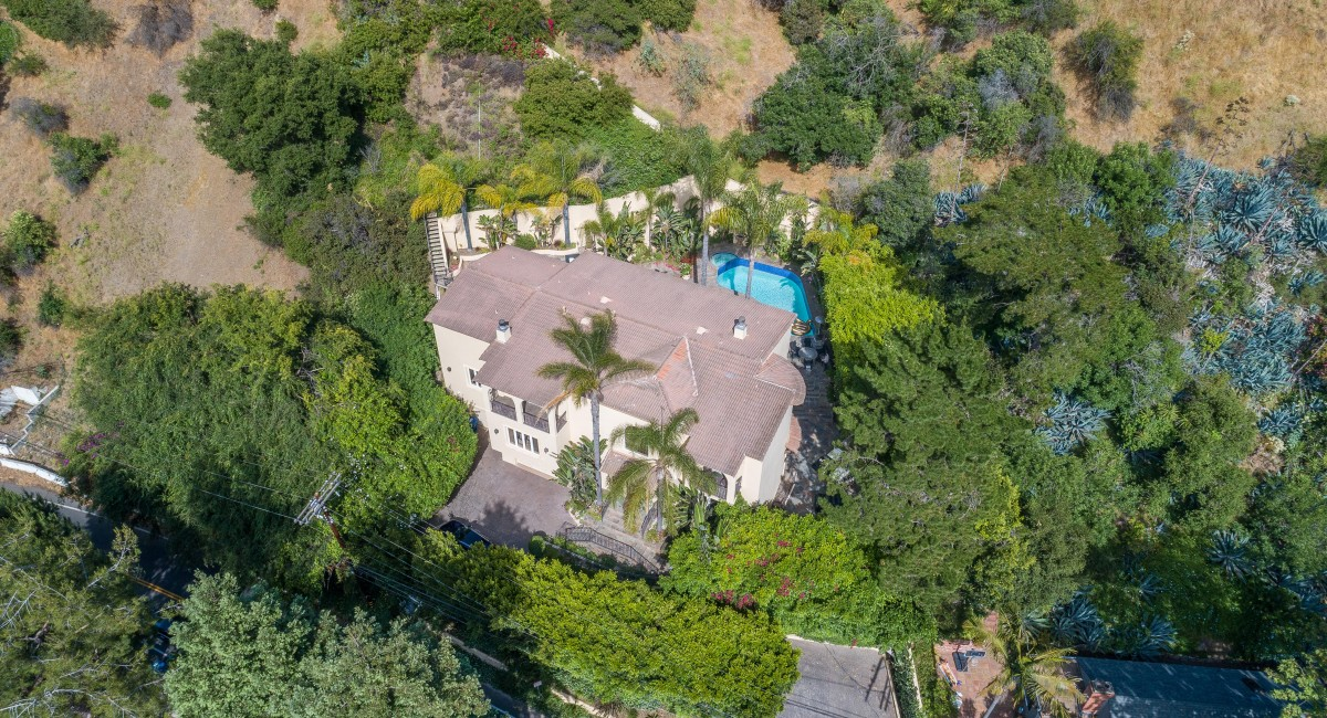 1930 Benedict Canyon Drive, Beverly Hills, CA 90210 Image #17