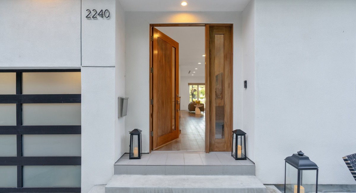2240 Tracy Terrace, Los Angeles, CA 90027 Image #2