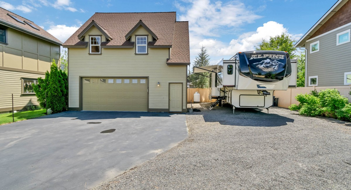 61760 Darla Place, Bend, OR 97701 Image #2
