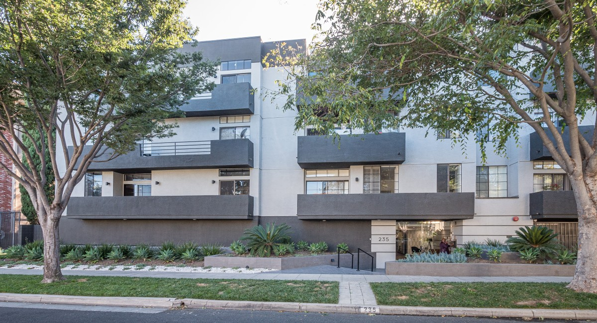235 S Reeves Drive #104, Beverly Hills, CA 90212 Image #10