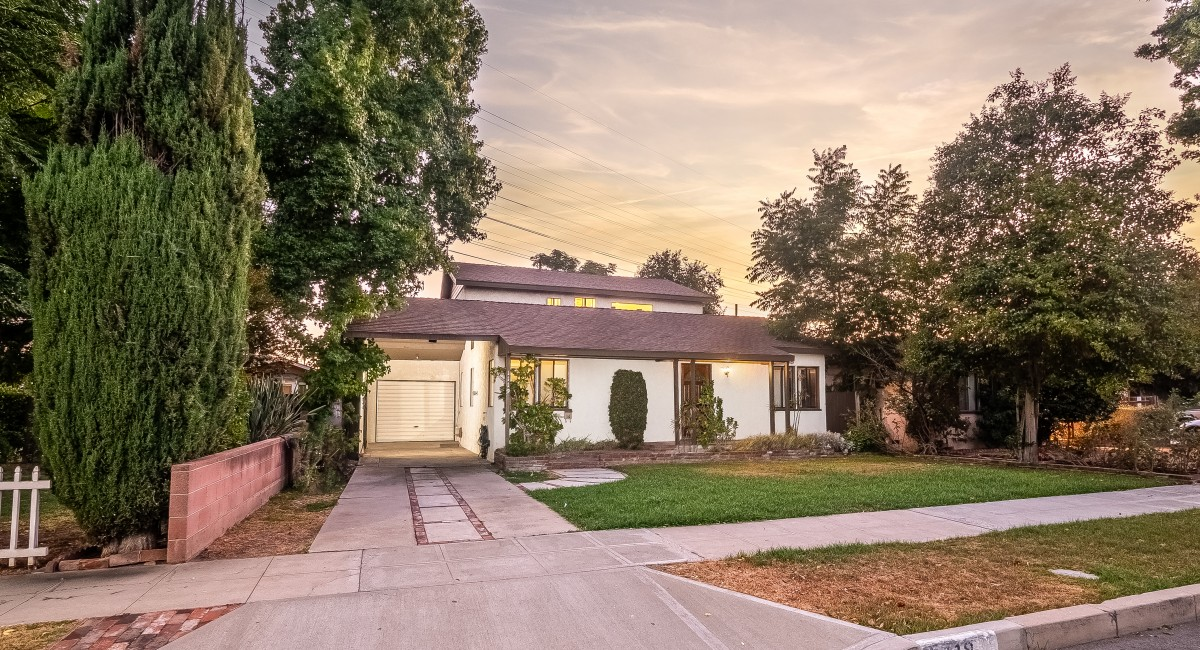 1119 N Maple Street, Burbank, CA 91505 Image #2