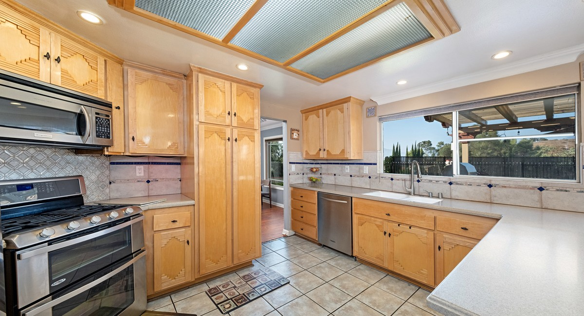 662 Foxhaven Place, Diamond Bar, CA 91765 Image #12