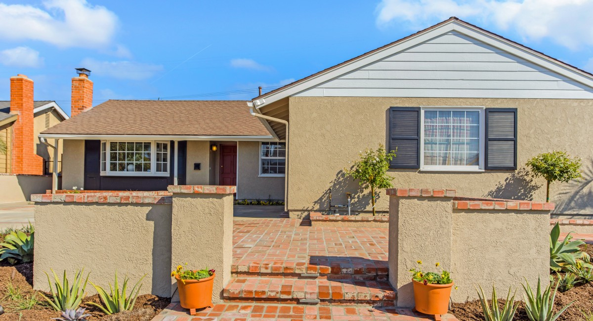 17622 Collie Lane, Huntington Beach, CA 92647 Image #2