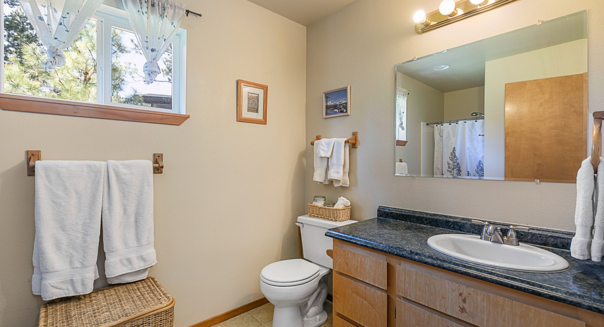 56572 Meteor Drive, Bend, OR 97707 Image #9