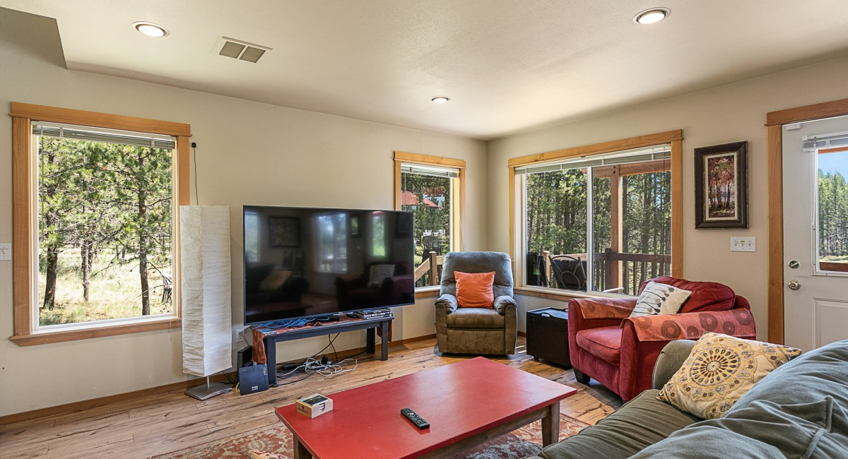 56572 Meteor Drive, Bend, OR 97707 Image #6