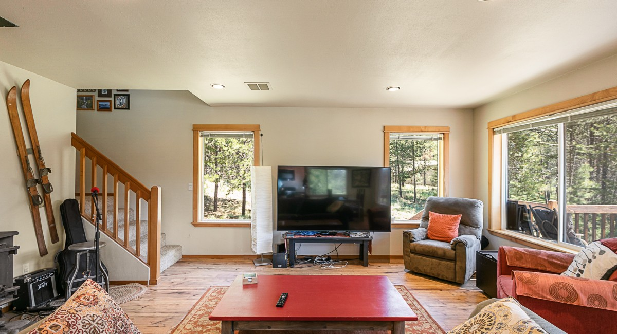 56572 Meteor Drive, Bend, OR 97707 Image #7